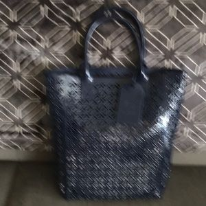 Tory Burch navy blue summer tote